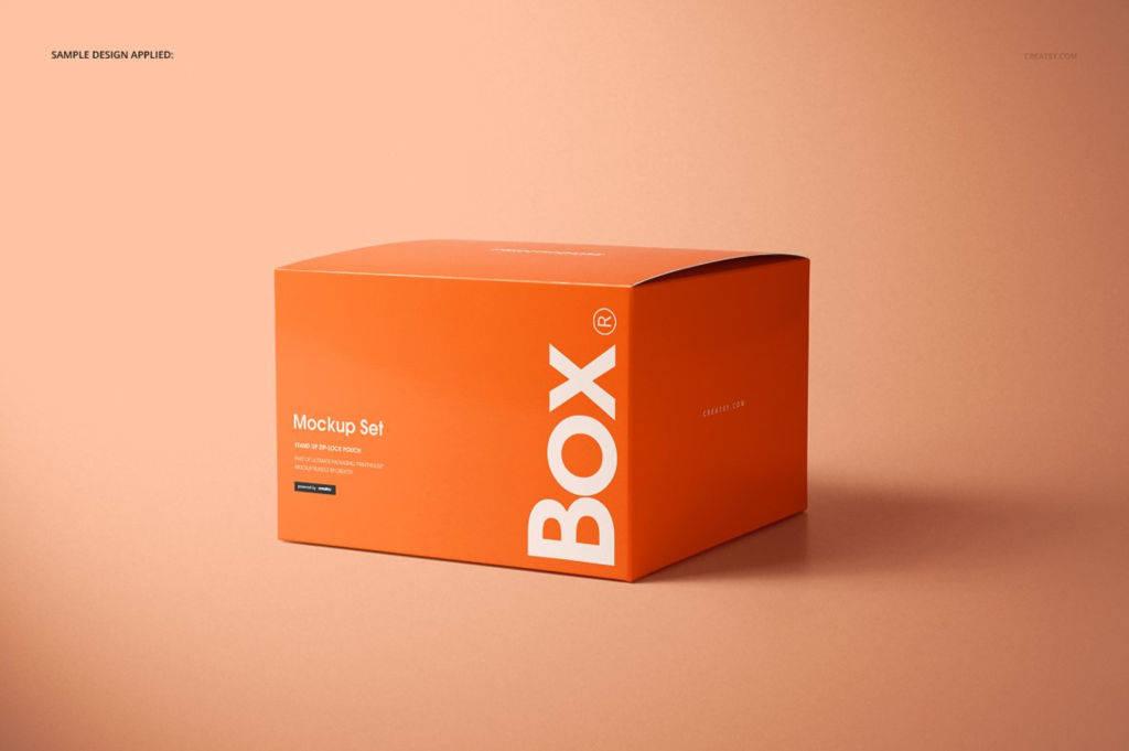 正方形纸盒包装盒礼盒PSD样机贴图 Chipboard Gloss Gift Box Mockup Set