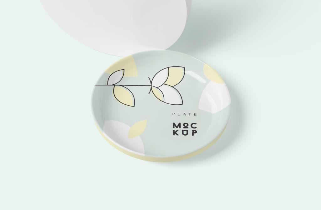圆形陶瓷盘子样机PSD分层贴图模版Round Ceramic Plate Mockups