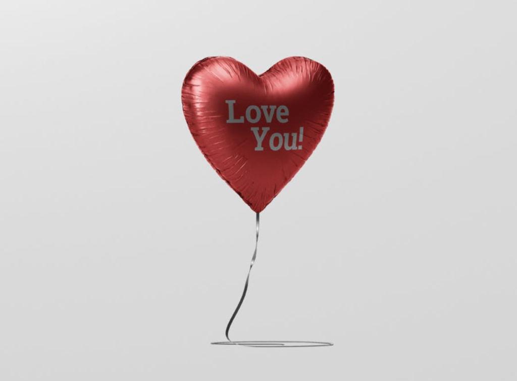 心形氢气球活动气球展示效果图VI智能贴图PS样机素材 valentine heart balloon mockup
